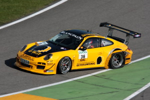 Sean_Edwards_Porsche997GT3R_GTMasters_2012