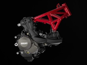 10-MONSTER1200_Engine_Frame_02