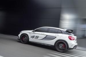Mercedes-Benz Concept GLA 45 AMG 2013, Lack: cirrusweiß, WP LA Motorshow