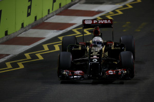 Marina Bay Circuit, Singapore. Saturday 20 September 2014. Romain Grosjean, Lotus E22 Renault. World Copyright: Charles Coates/Lotus F1. ref: Digital Image _J5R6742