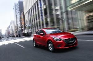 Mazda2_2014_action_01__jpg72