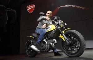 3-Ducati_2015_World_Premiere_Domenicali_03