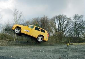 154842_Volvo_XC90_crash_test
