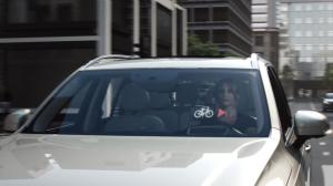 155738_World_first_technology_by_Volvo_and_POC_connects_cycle_helmets_with_cars