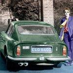 aston-martin-esibisce-le-proprie-auto-al-london-classic-car-show-paul-mccartney-with-the-db6