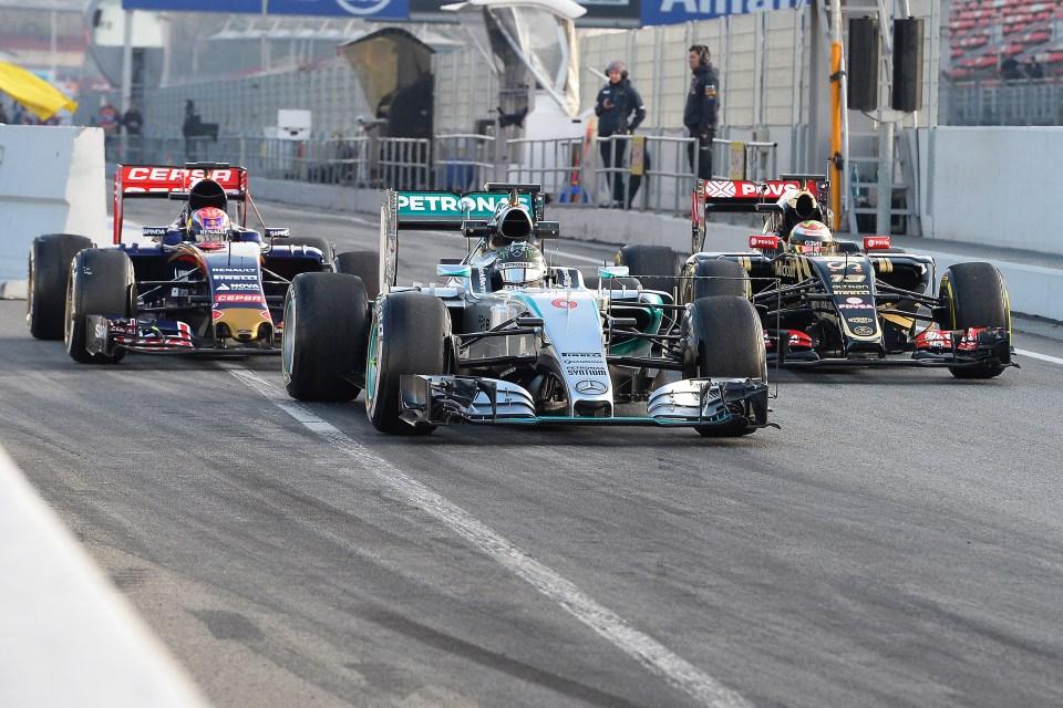 TEST F1/2015 - T3