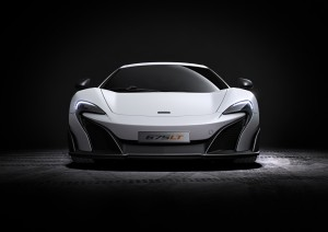 McLaren 675LT_studio_01