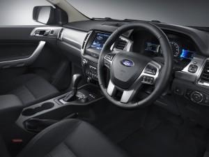 129827_New Ford Ranger 5_interior driver