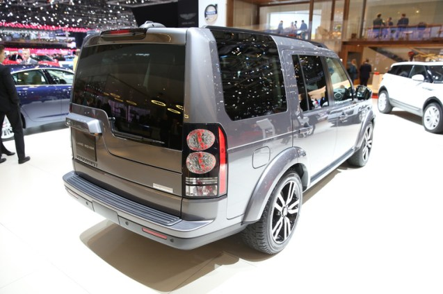 Discovery SDV6 HSE Luxury1