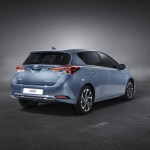 toyota-new-auris-more-style-and-new-engines-auris_stu_11_dpl_2015_3-4_rear
