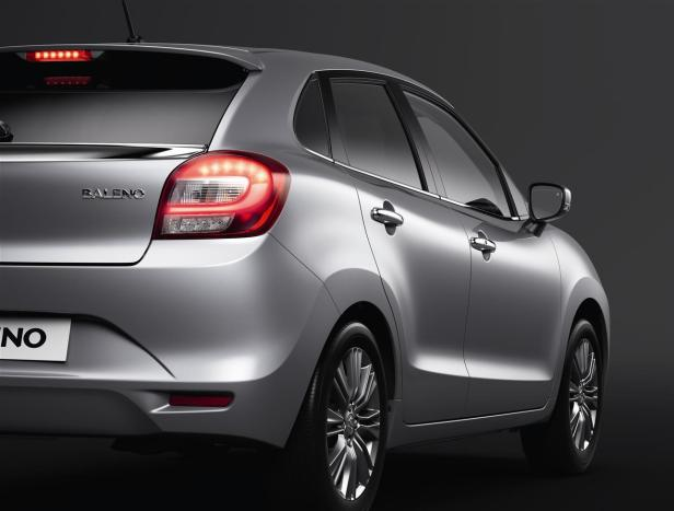 08_BALENO_closeup_rear