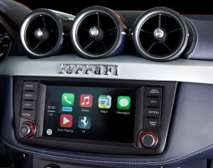 140020_car_FF-Carplay-Apple1