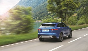 Jag_FPACE_LE_S_Location_Image_140915_10_LowRes