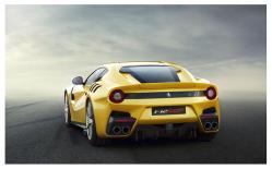 1088671_Ferrari_F12tdf_5low