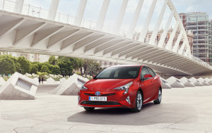 toyota-new-prius-the-rebirth-of-the-pioneer-prius_10_sept2015