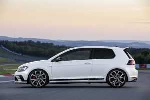 media-Nuova Golf GTI Clubsport_DB2015AU01316