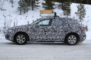 audi-q5-spy-photos-2-500x333