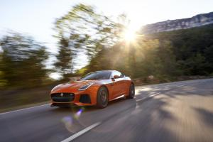 177370_Jag_FTYPE_SVR_Coupe_Location_170216_06_(126538)