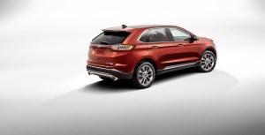 192203_New_Ford_Edge_Titanium_02