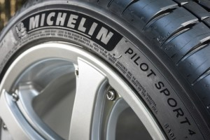 -..-albums-PRESS-02_PNEUS-TYRES-VOITURES-CARS-IAA-SALON-DE-FRANCFORT-2015-MICHELIN-PS4-Photos-MICHELIN-PS4-Externe-HIGH-PS4 17