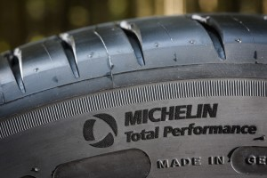 -..-albums-PRESS-02_PNEUS-TYRES-VOITURES-CARS-IAA-SALON-DE-FRANCFORT-2015-MICHELIN-PS4-Photos-MICHELIN-PS4-Externe-HIGH-PS4 24