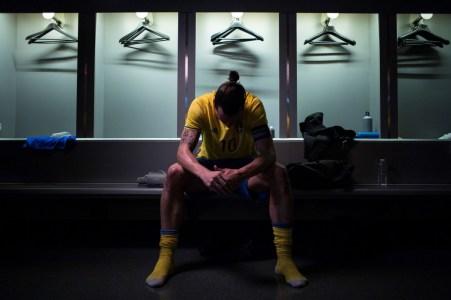 193673_Zlatan_Ibrahimovi_says_goodbye_to_Swedish_national_football_team_in_new
