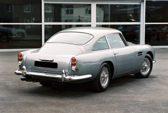 aston_martin_db5_coupe_03