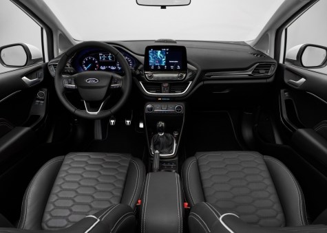 FORD_FIESTA2016_VIGNALE_COCKPIT_03-LOW