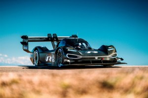 media-I.D. R Pikes Peak_DB2018AU00515