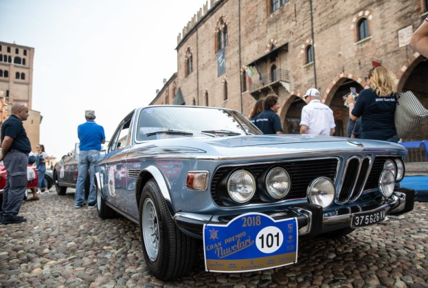 P90322311_highRes_bmw-3-0-csl-72-at-th