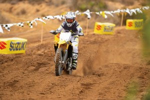 rm-z250-2019-action-15