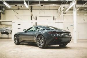 Q by Aston Martin_CD20_02