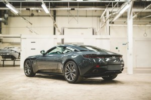 Q by Aston Martin_CD20_02