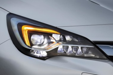 Opel-Astra-IntelliLux-506019