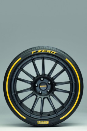 Pirelli_P Zero_05