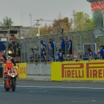 alvaro-bautista-on-the-finish-line