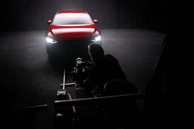 Rankin_Mazda3_BTS_London_shoot-4
