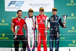 podio ungh F2