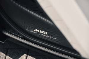 Small-11352–McLaren-720S-Coupe-MSO-Collection-seal