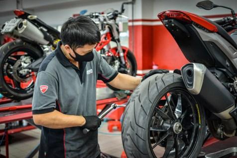 04_Ducati_Cares_Program_UC154239_High