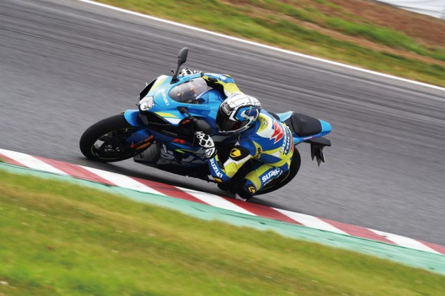 gsx-r1000r-my2020-action-10