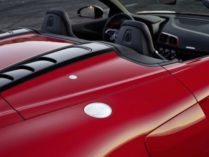 media-Audi R8 V10 RWD Spyder_015