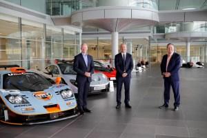 L-R_MikeFlewitt-McLarenAutomotiveCEO,MikeJones-GulfOilInternationalLtdCEO,ZakBrown-McLarenRacingCEO