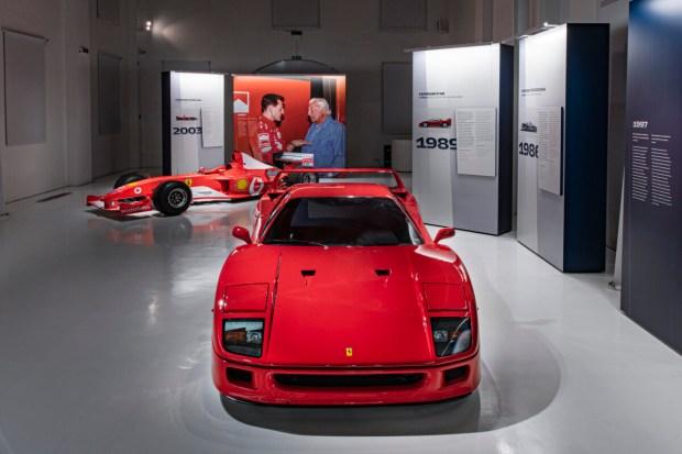 12_Ferrari-F40_1989