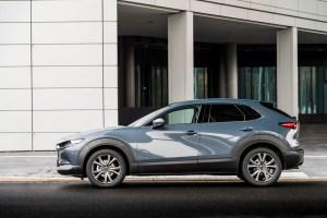 2021-Mazda-CX-30-Polymetal-Grey,-Static-04