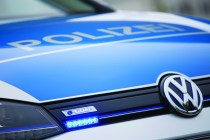 "© Volkswagen / Weltpremiere: Volkswagen e-Golf in ""Polizeiuniform"""
