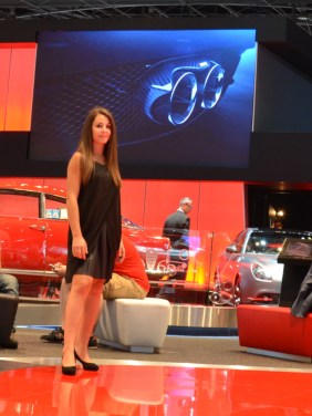 © MotorNews kw_Pariser Automobilsalon 2014 / Host & Hostess