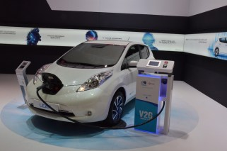 © MotorNews kw / 85. Auto-Salon Genf 2015 / Nissan Leaf_VEHICLE 2 GO V2G