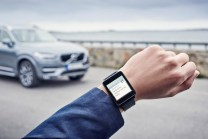 © Volvo / Volvo On Call app in an Android Wear watch