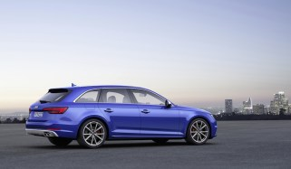 © Audi / Audi S4 Avant, Colour: Ara Blue